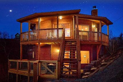 Cabins with Unique features, octagon cabin called Ski Mountain Overlook, Gatlinburg TN, exterior shot