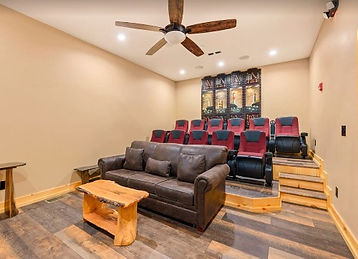 large Wheelchair accessible cabin in Sevierville, Pigeon Forge, TN, theater room