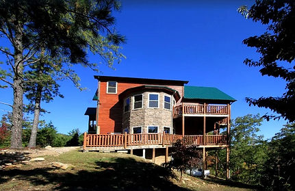 Secluded Cabin in Wears Valley & Pigeon Forge, exterior view