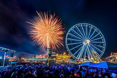 Crowd watches fireworks at The Island, Pigeon Forge, Tennessee