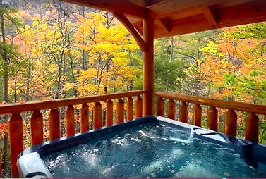 Pigeon Forge cabin near the Island, hot tub view of On Bearcation