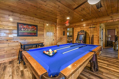 """""""Smoky Stays"""" cabin near the Island in Pigeon Forge, Tennessee, pool table and game room view"""