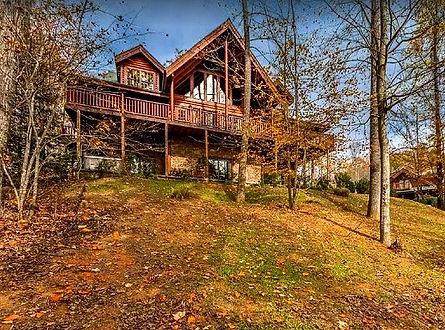 Grace Manor Gatlinburg Pigeon Forge Sevierville cabin with indoor pool, view of exteriorl