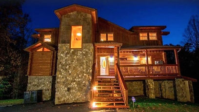 Applewood Manor indoor Pool, Pigeon Forge TN,  pet friendly cabin near Dollywood