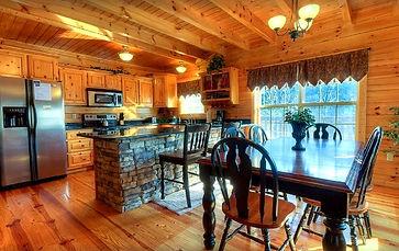 Cabin rental near Anakeesta and downtown Gatlinburg, Smoky Heights, Gatlinburg dining room and kitchen