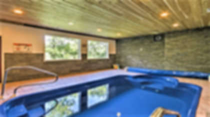Smoky Mountains Cabin with Indoor Swimming Pool