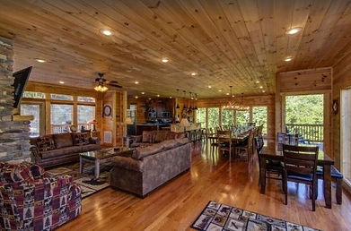 large cabin for groups, Pigeon Forge, Grand View Lodge, living room and dining