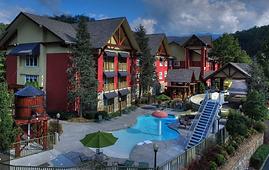Appy Lodge Gatlinburg pool