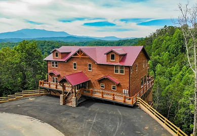 Smoky Mountain Retreat, Pigeon Forge Large Group Cabin for rent, exterior view