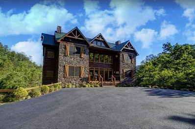 large cabin for groups, Pigeon Forge, Grand View Lodge, exterior