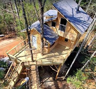 The Treehouse Escape in Gatlinburg TN, cabin rental, exterior view