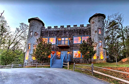 Castle in the Smokies Sevierville tn, cabins with unique features exterior shot