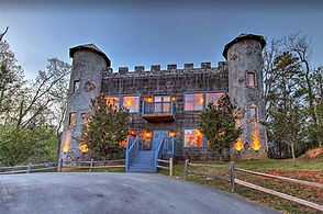 Exterior view of Castle in Sevierville near Gatlinburg for rent