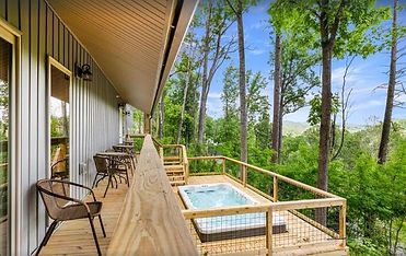 Secluded Cabin in Gatlinburg-Hoobear Lodge, hot tub and deck view