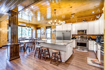 Cabins for Christmas Gatlinburg, The Great Maple Retreat cabin, kitchen view