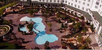 Dreammore Resort pool Pigeon Forge sm_ed