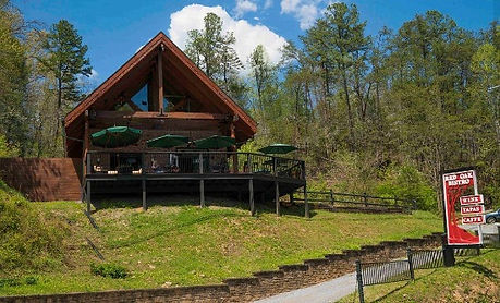 Red Oak Bistro Gatlinburg TN, exterior view