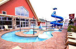 Clarion Inn Pigeon Forge lazy river and