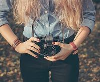 woman-642118_640_edited.jpg