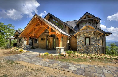 Blackstone Lodge wheelchair accessible cabin in Sevierville TN, living room