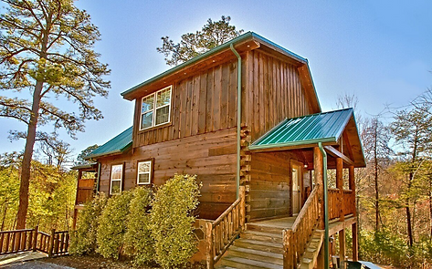 Mountain Splash cabin exterior