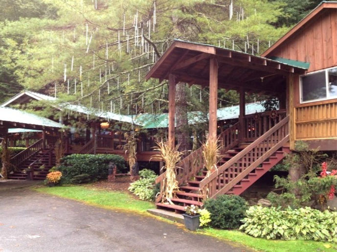 Crystelle Creek Restaurant exterior, Gatlinburg Tn