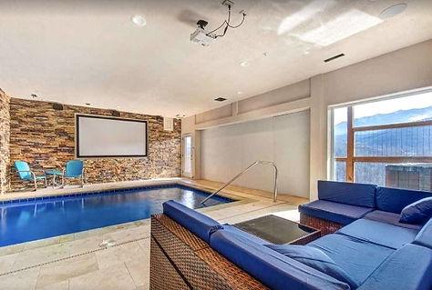 Indoor private pool, Gatlinburg cabin Splashtastic View lodge