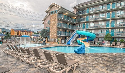Willow Brook Lodge, Pigeon Forge TN, pool and waterslide