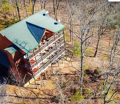 cabin with elevator, Wildbriar Inn Smoky Mountains
