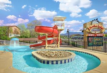Cherokee Lodge Condos water slide and po