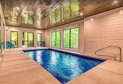 """Cabin near The Island in Pigeon Forge and LeConte Center, """"Swimming in the Smokies"""" private pool view"""