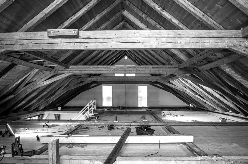 Holz I Bau I Wagen GmbH - Bauen im Bestand - Stadlumbau Oderding
