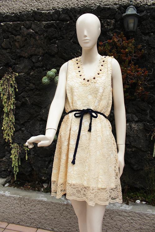 Vestido de Encaje Hueso