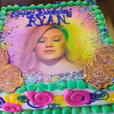 Kelly Clarkson Birthday Cake
