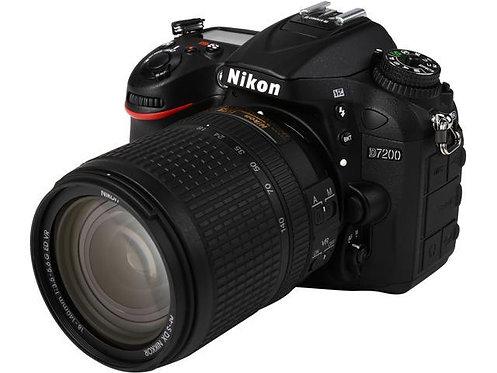 NIKON - Câmera profissional D7200