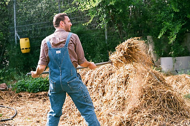 Man met Hay