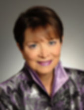 Photo of Lyn Sharratt