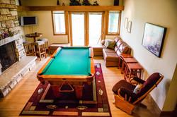 Rec room w pool/ping pong