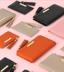 katie loxton image.png