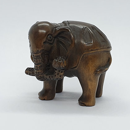 Boxwood netsuke - Elephant with Branch