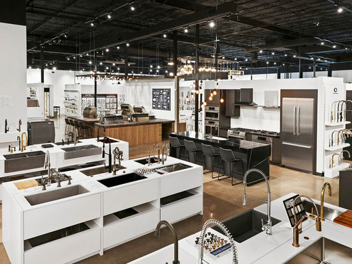 SH Design-Build or SH Display Fixtures: Which One is Right for Me?