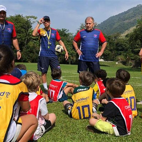 Unidades Club Med terão escolinha de futebol do Zico em julho