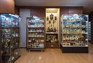 縮小3 神戸時計デザイン博物館 展示コーナー西面.jpg