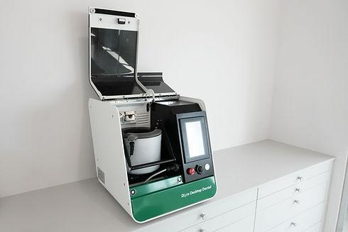 gpainnova-dlyte-desktop-series-01.jpg