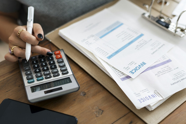 Invoice Financing (Factoring) in Woodland Hills, California