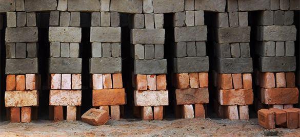 Разделительная стена всегда проходит в головах, а не по территории. Интервью pravda.ru