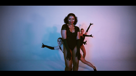 Siana Williams - Toxic dance video