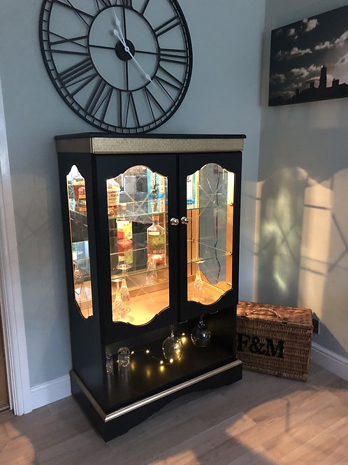 """Cornish Milk Paint """"Black Rock"""" with gold - Beaux Arts Gin Cabinet"""