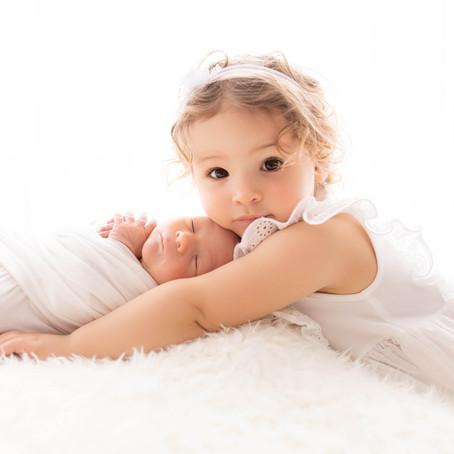 Alessia, séance nouveau-né à Aigle