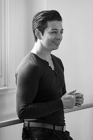 Uriel Arreguin is a creator, as comfortable on stage as he is in the wings. Uriel is recognized as a multitalented artistic director, stage director, designer, artistic coach, choreographer and professional dancer.